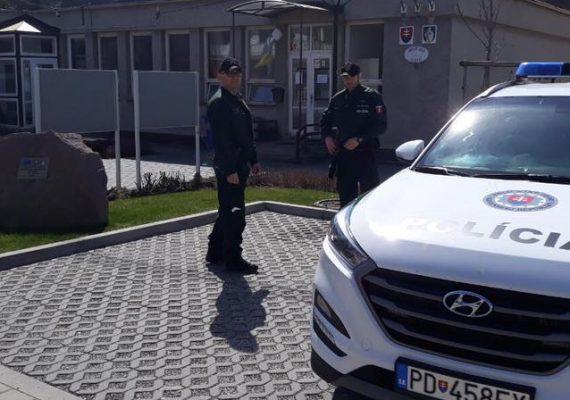 Pri bežnej kontrole našli policajti muža, po ktorom pátral Interpol