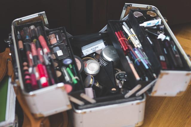kufrik na makeup